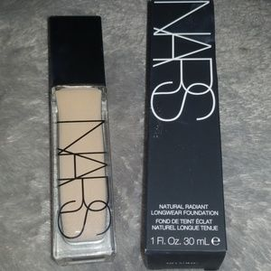 Nars natural radiant Santa Fe foundation
